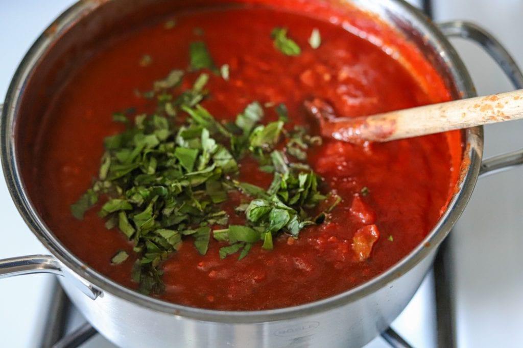 quick fresh tomato sauce in pan